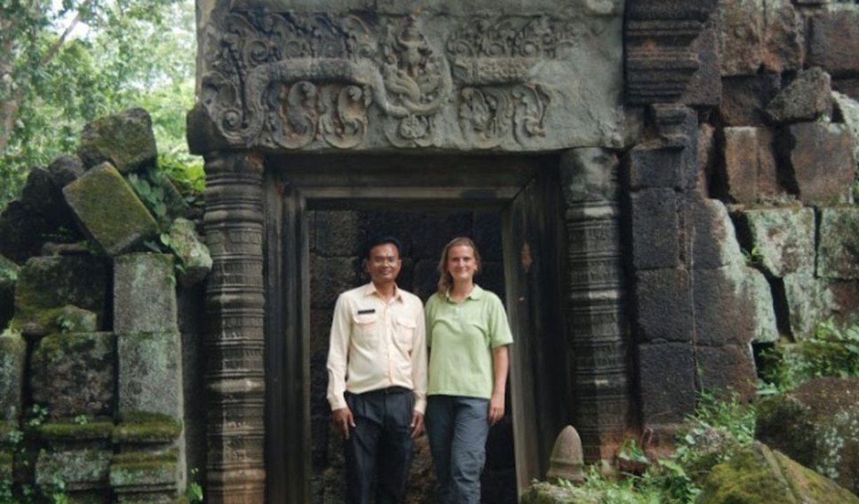 angkor_tour_guide(1).jpg