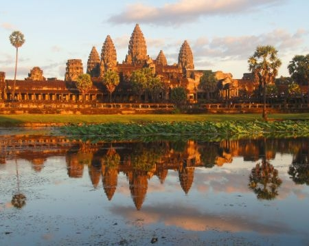 Angkor Wat Sunrise Guided Tour 1d