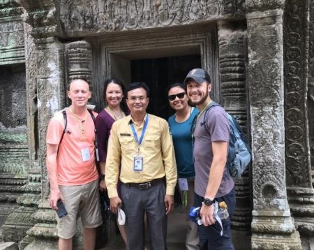Angkor Wat Guided Tour 1d
